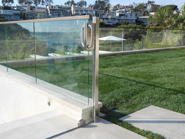 Outdoor Garden Glass Railing