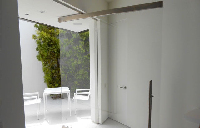 OC Interior Frameless Glass Door